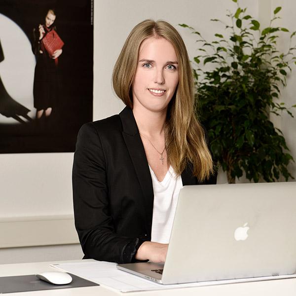 Lea Lange Mitarbeiterin fuljoymentAG